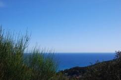Terreno edificable con vistas al mar