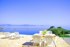 Casa adosada con vistas directas al mar