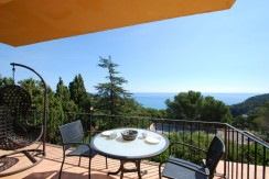 Apartment for sale in Sa Riera beach