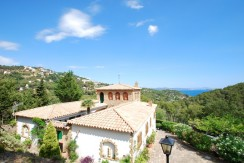 Property for sale near Sa Riera beach
