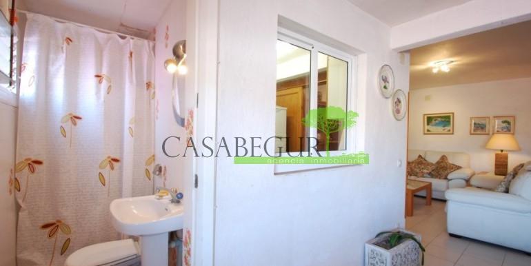 ref-907-venta-casa-de-pueblo-apartamento-centro-begur-caabegur (4)