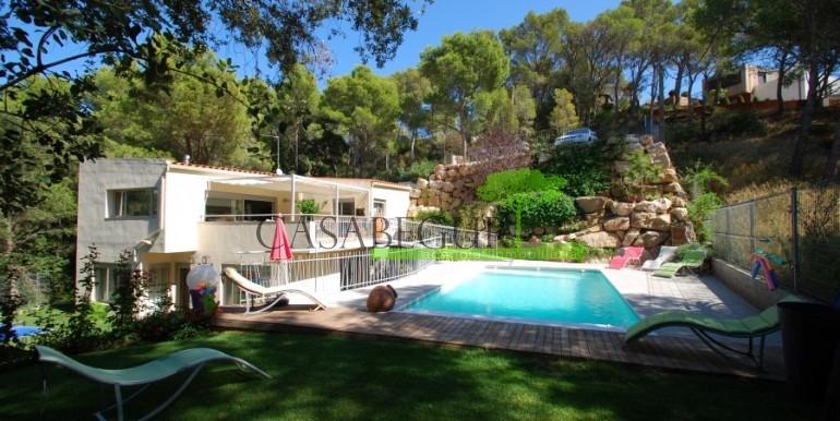 ref-922-sale-house-sa-tuna-pool-casabegur-costa-brava-1