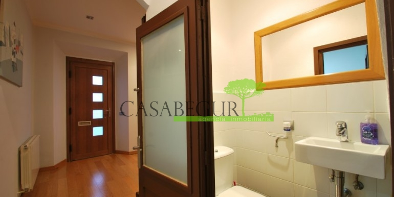 ref-945-sale-house-pals-center-village-casabegur-10