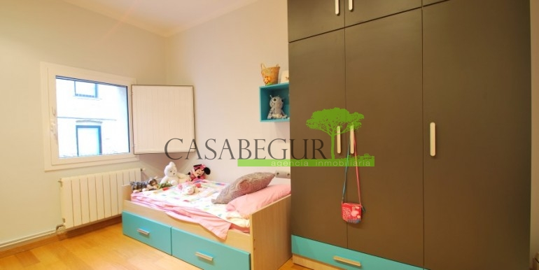 ref-945-sale-house-pals-center-village-casabegur-14