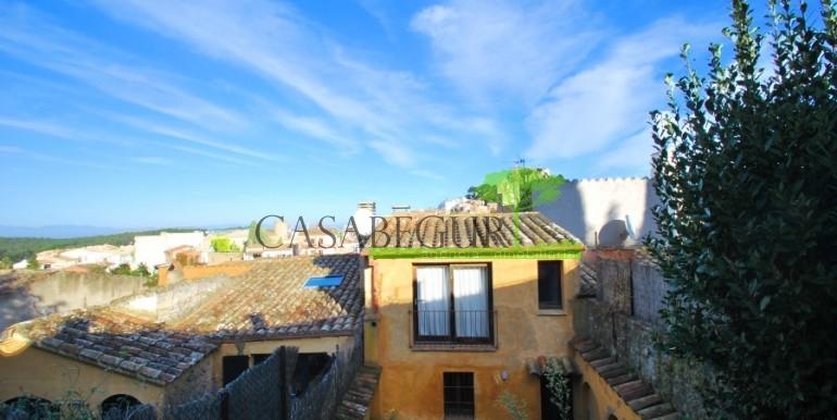 ref-946-sale-village-house-center-begur-costa-brava-casabegur (17)