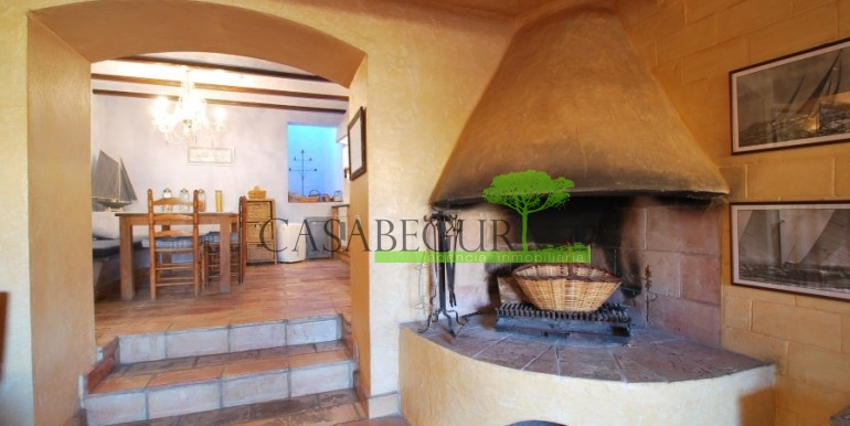 ref-946-sale-village-house-center-begur-costa-brava-casabegur-21
