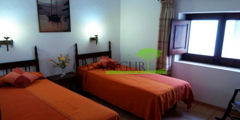ref-947-sale-house-center-begur-village-costa-brava-casabegur (3)