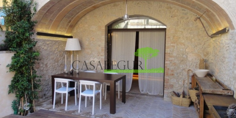 ref-957-sale-purchase-village-house-albons-girona-properties (1)