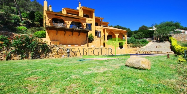 ref-973-sale-house-aiguafreda-sea-views-begur-costa-brava-casabegur (3)