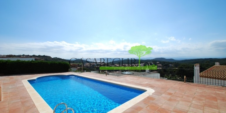ref-795-C-sale-apartment-sea-views-center-costa-brava-casabegur (5)