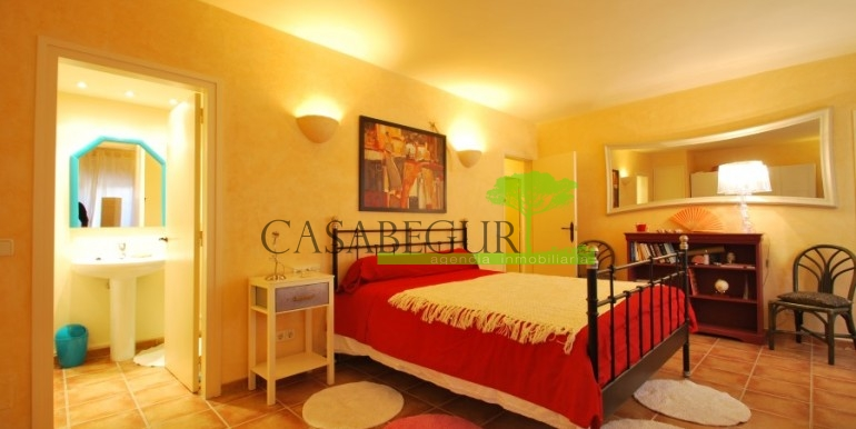 ref-968-sale-apartment-sale-center-begur-costa-brava-casabegur (5)