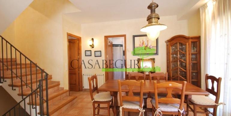 ref-100-sale-village-house-town-sale-center-begur-garden-casabegur13