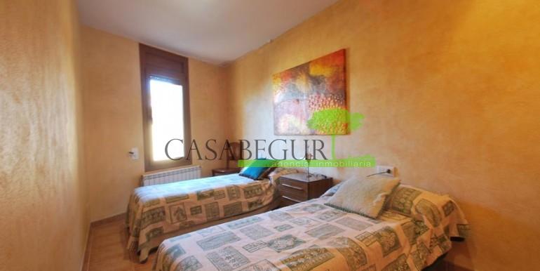 ref-100-sale-village-house-town-sale-center-begur-garden-casabegur5