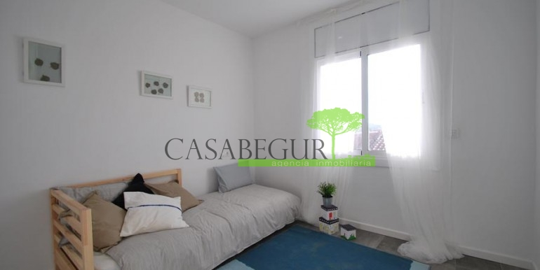 ref-1057-sale-townhouse-center-begur-costa-brava-casabegur-sea-views-10