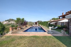 ref-1060-sale-house-villa-property-near-center-begur-costa-brava-casabegur1