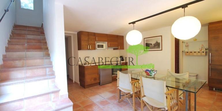 ref-1079-sale-house-sa-riera-beach-pool-garden-casabegur-12