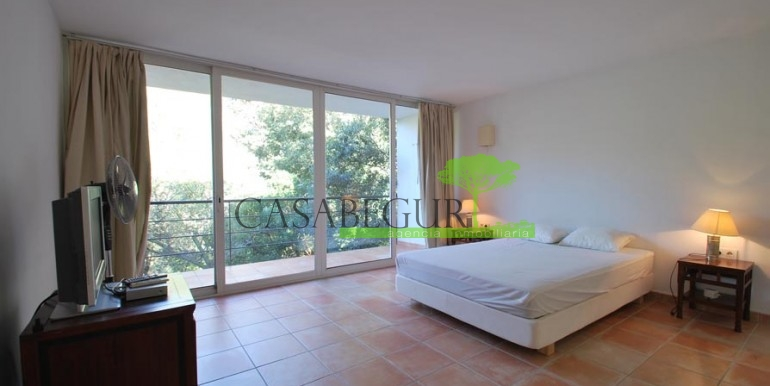 ref-1079-sale-house-sa-riera-beach-pool-garden-casabegur-3