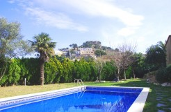 ref-1066-sale-village-house-center-begur-pool-garden-costa-brava-casabegur0
