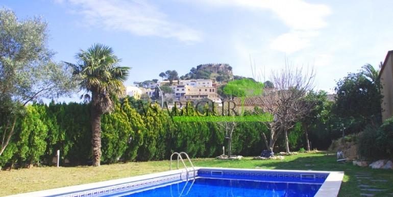 ref-1066-sale-village-house-center-begur-pool-garden-costa-brava-casabegur0