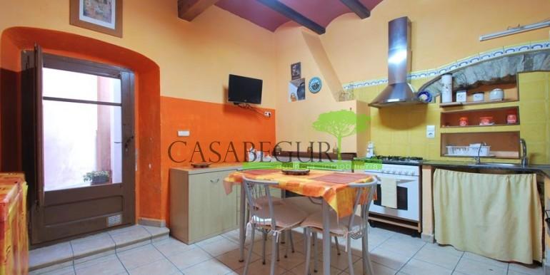ref-1066-sale-village-house-center-begur-pool-garden-costa-brava-casabegur8