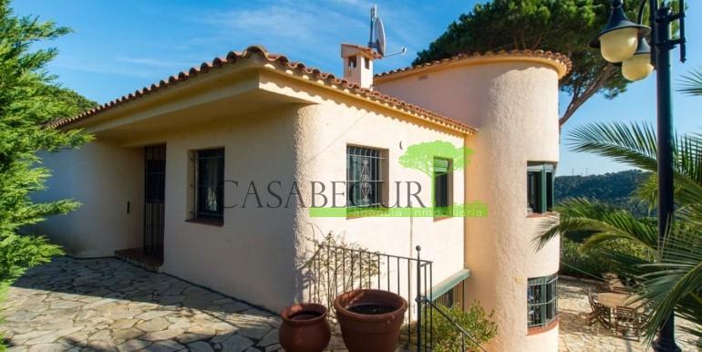 ref-1080-sale-house-villa-es-valls-sa-riera-sea-views-pool-garden-sun-casabegurventas-3