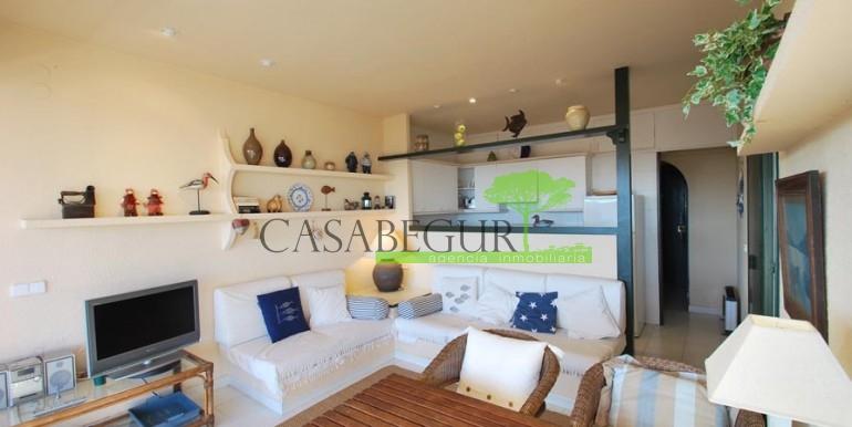 ref-1090-sale-apartment-aiguablava-sea-views-costa-brava-casabegur-2