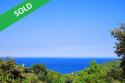Plot with sea views for sale near Sa Riera
