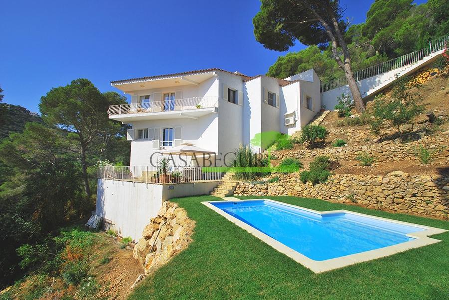 Casa en venta en Sa Tuna, Begur