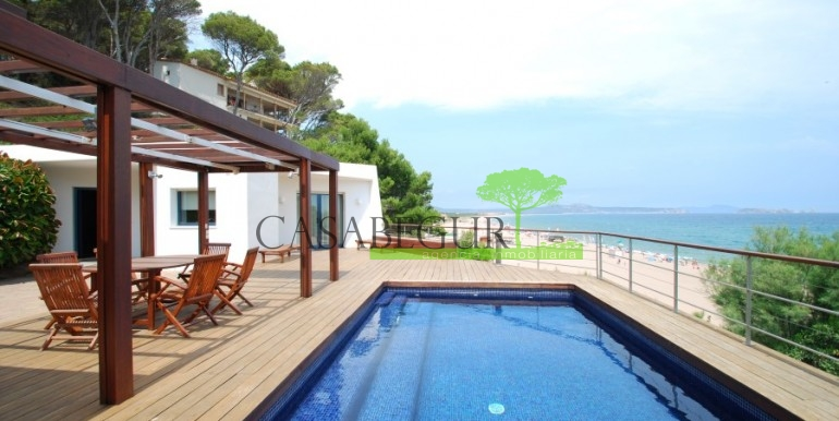 ref-894-sale-house-begur-costa-cbrava-first-line (1)