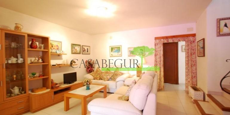 ref-907-venta-casa-de-pueblo-apartamento-centro-begur-caabegur (1)