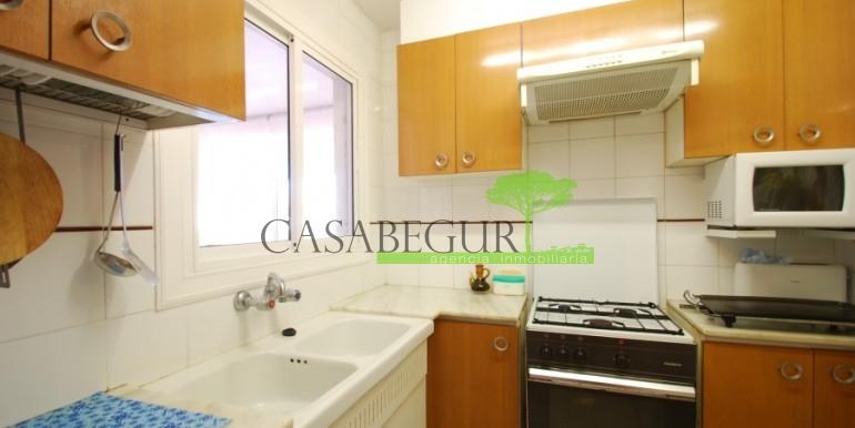 ref-907-venta-casa-de-pueblo-apartamento-centro-begur-caabegur (5)