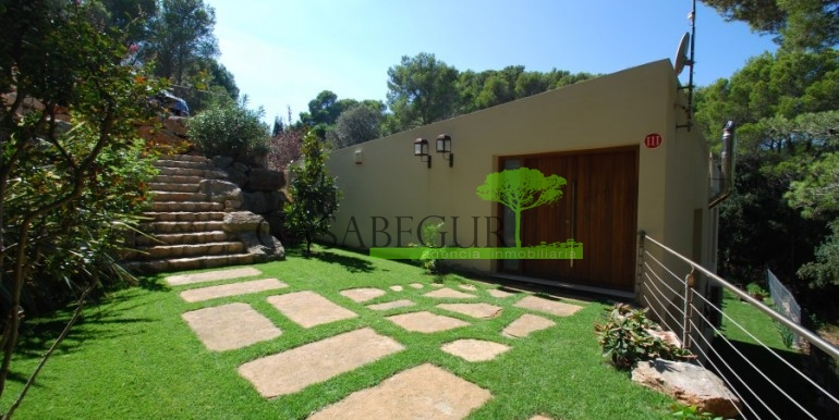 ref-922-sale-house-sa-tuna-pool-casabegur-costa-brava-10
