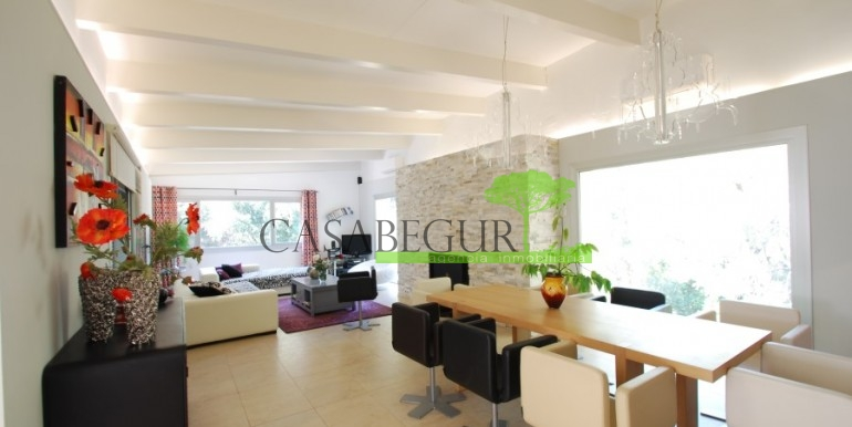 ref-922-sale-house-sa-tuna-pool-casabegur-costa-brava-13