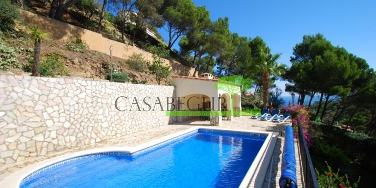 ref-926-villa-sa-tuna-begur-vue-mer-sea-views-12
