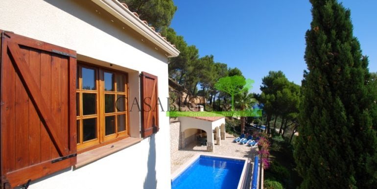 ref-926-villa-sa-tuna-begur-vue-mer-sea-views-26