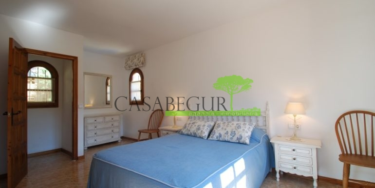 ref-926-villa-sa-tuna-begur-vue-mer-sea-views-27