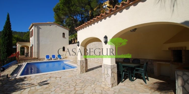 ref-926-villa-sa-tuna-begur-vue-mer-sea-views-31