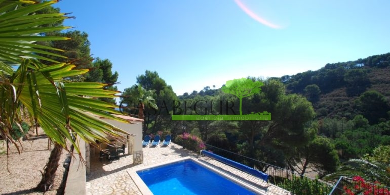 ref-926-villa-sa-tuna-begur-vue-mer-sea-views-8