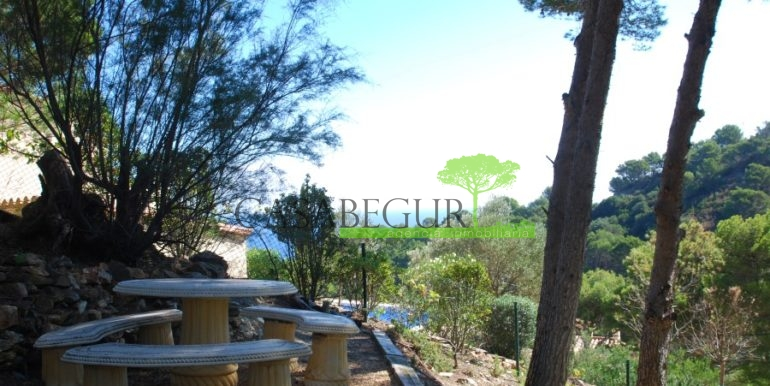 ref-926-villa-sa-tuna-begur-vue-mer-sea-views-9