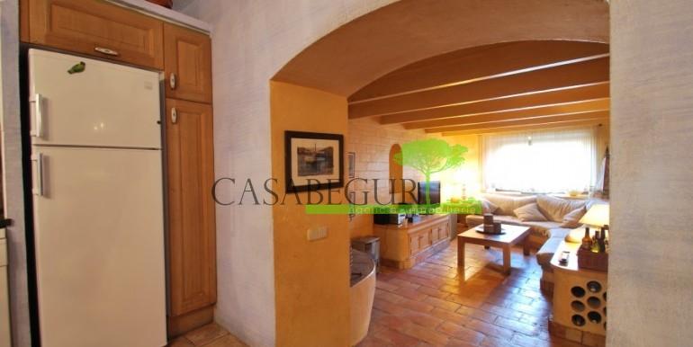 ref-946-sale-village-house-center-begur-costa-brava-casabegur-20