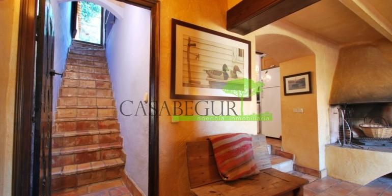 ref-946-sale-village-house-center-begur-costa-brava-casabegur-23