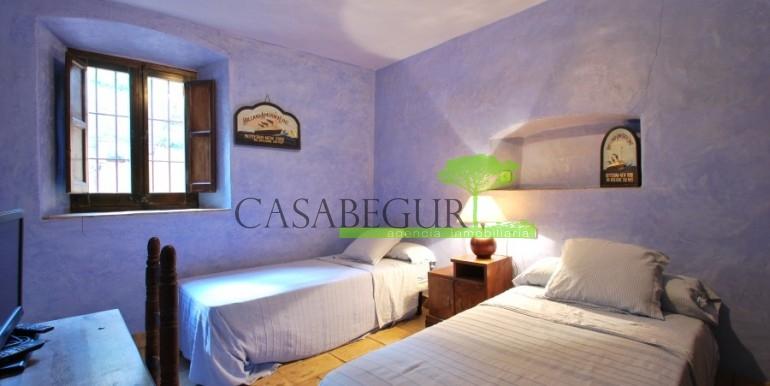 ref-946-sale-village-house-center-begur-costa-brava-casabegur-5