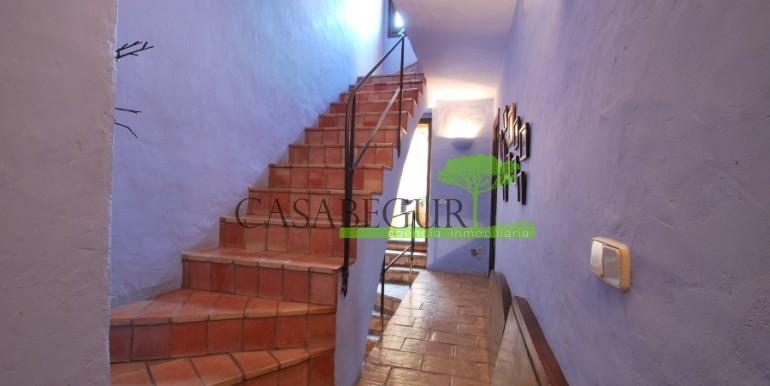 ref-946-sale-village-house-center-begur-costa-brava-casabegur-9