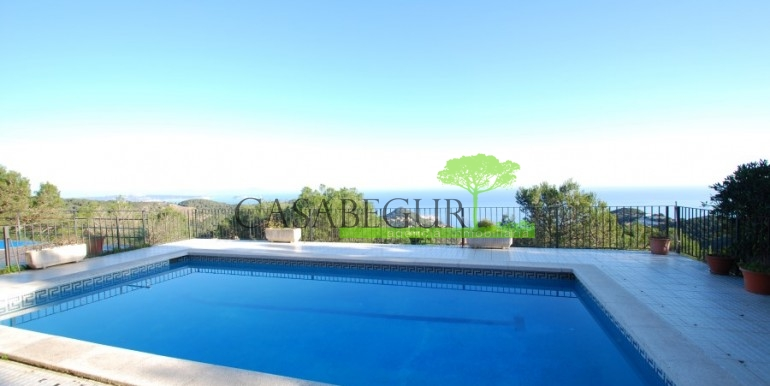 ref-851-sale-house-villa-sa-tuna-sea-views-costa-brava-casabegur (2)