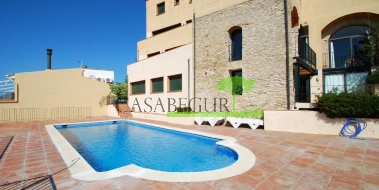 ref-795-A-sale-apartment-center-begur-pool-casabegur (15)
