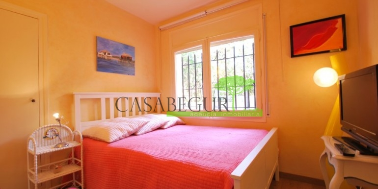 ref-968-sale-apartment-sale-center-begur-costa-brava-casabegur (15)