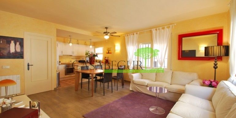 ref-968-sale-apartment-sale-center-begur-costa-brava-casabegur (8)