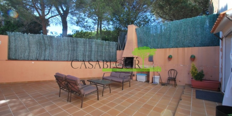 ref-978-sale-house-near-center-begur-costa-brava (8)