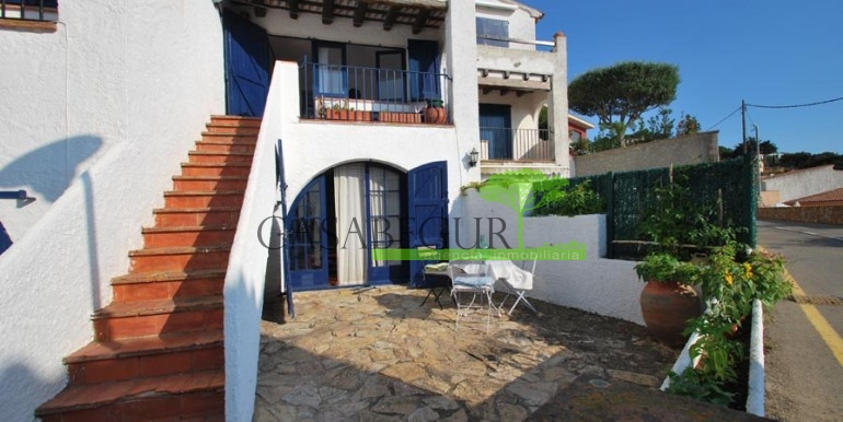 ref-989-sale-apartment-center-begur-casabegur1