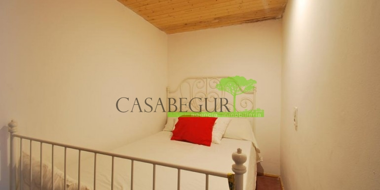 ref-989-sale-apartment-center-begur-casabegur7